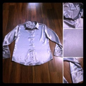 🦋2/$10 or 5/$20Vintage Silver Gray Shimmer Blouse